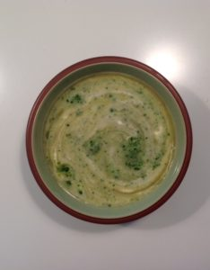 And here is the soup that Pat made....... looks good, and she and her guests said it tasted good.