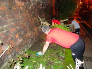 Clearing in the dark -GoodGym runners get stuck in